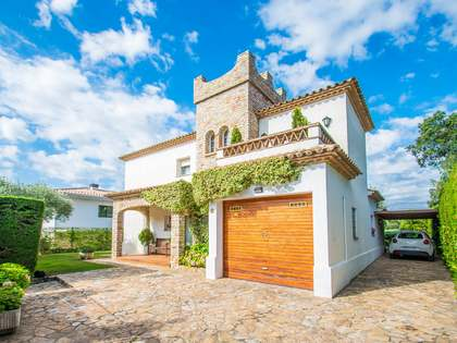 221m² House / Villa for sale in Platja d'Aro, Costa Brava