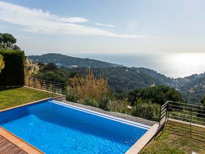 New Costa Brava house for sale with lovely green views