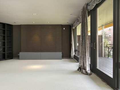 Appartement van 307m² te koop met 45m² terras in Pedralbes