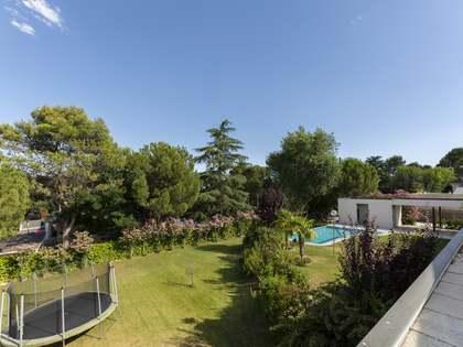 Maison / Villa de 953m² a louer à Pozuelo, Madrid