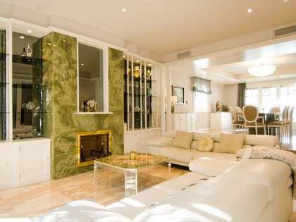 Дом / Вилла 331m² на продажу в Кастельдефельс, Барселона
