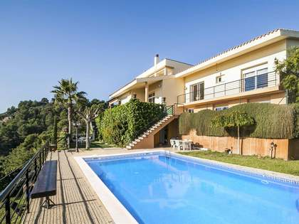 Villa for sale on the Maresme Coast close to Barcelona