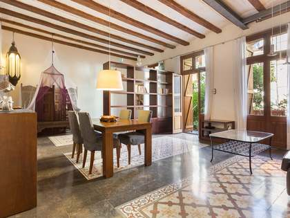 Appartement van 140m² te koop met 100m² terras in El Raval