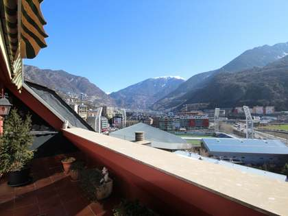 217m² Penthouse with 12m² terrace for sale in Andorra la Vella