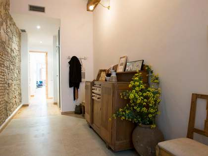 Property with a garden for sale in Barcelona city centre