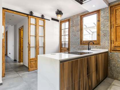 60 m² penthouse for sale in Eixample Right, Barcelona