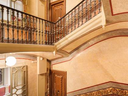 183m² apartment with 8m² terrace for sale in Eixample Right