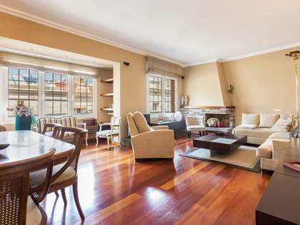 Appartement van 192m² te koop met 11m² terras in El Putxet