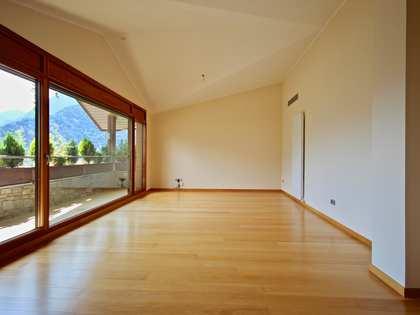 Piso de 190m² con 8m² terraza en venta en Escaldes, Andorra