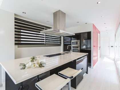 Huis / Villa van 193m² te huur in Vilanova i la Geltrú