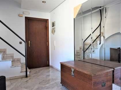 Appartement van 178m² te koop in El Pla del Real, Valencia