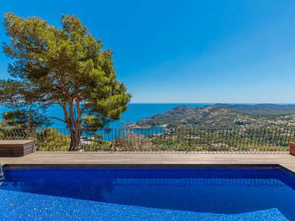 Costa Brava villa with breathtaking sea views to buy