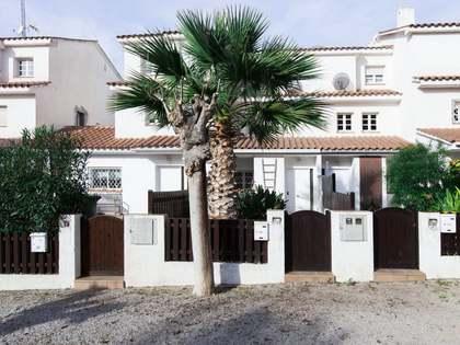 Casa en venta en una zona tranquila de Pineda, Sitges