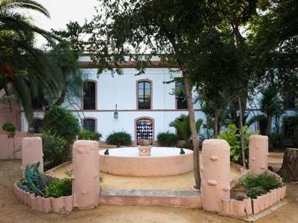 Property for sale near Seville ideal for hotel/family home