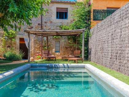 Casa de 238 m² con 160 m² de jardín en venta en Baix Emporda