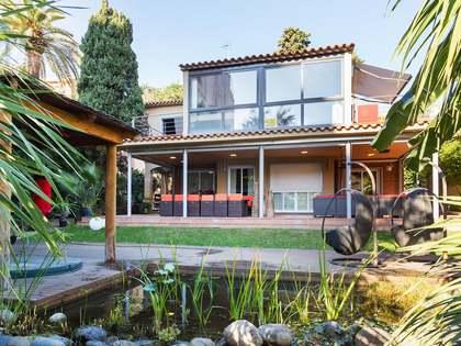 Vrijstaande woning te koop in Gracia Barcelona