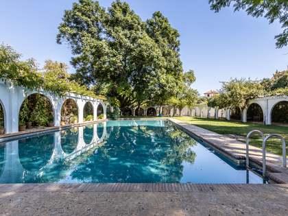 Casa / Vil·la de 680m² en venda a Sevilla, Espanya