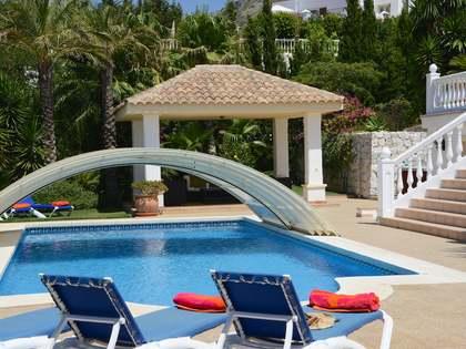 Villa de 367 m² en una parcela de 2.030 m² en venta en Mijas