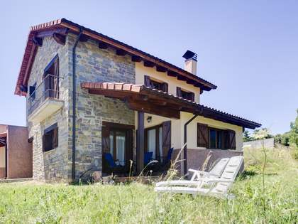 House of 174 m² for sale in Laspaúles, Spain