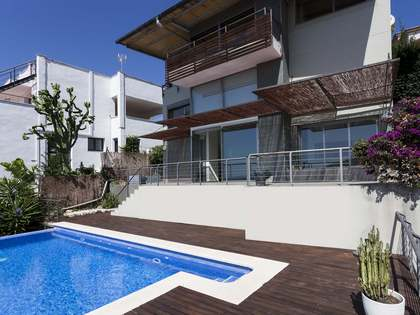 Villa de 170 m² y 3 dormitorios en venta en Levantina, Sitges