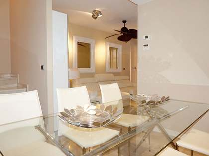 Duplex with terraces for sale in Malvarrosa Beach