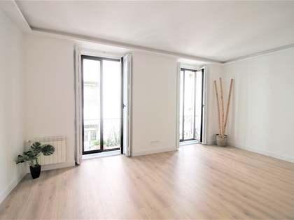 Piso de 160m² en venta en calle de las Huertas, Madrid