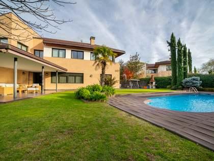 480m² Hus/Villa till salu i Pozuelo, Madrid