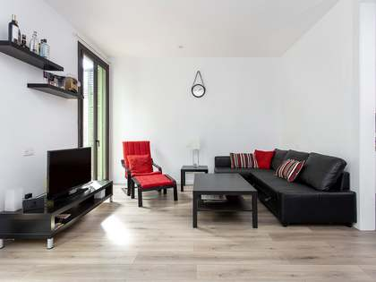 95m² Apartment with 12m² terrace for rent in Eixample Left