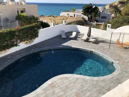 160m² House / Villa for rent in El Campello, Alicante