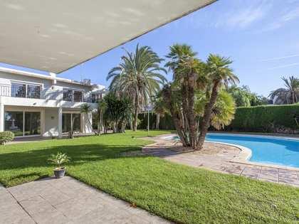 Huis / Villa van 560m² te huur in Godella / Rocafort