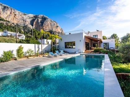 260m² House / Villa for sale in Jávea, Costa Blanca