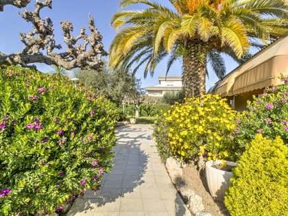 Дом / Вилла 384m² на продажу в Torredembarra, Costa Dorada