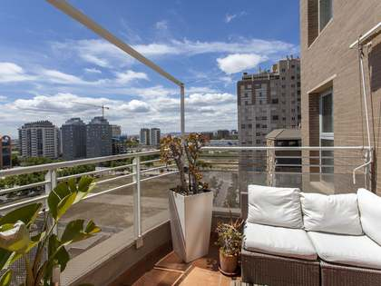 204m² Penthouse with 14m² terrace for sale in Ciudad de las Ciencias