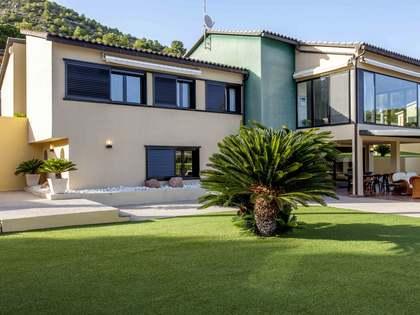 Maison / Villa de 523m² a vendre à Playa Sagunto avec 350m² de jardin