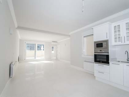 128 m² penthouse with 20 m² terrace for sale in Goya, Madrid