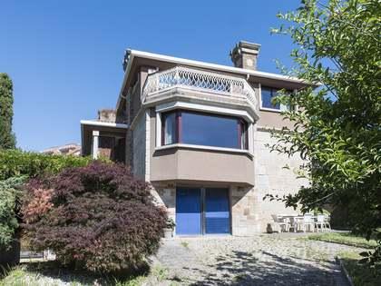 Casa / Vil·la de 350m² en venda a Vigo, Galicia