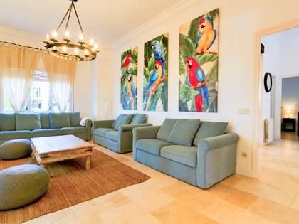 Casa de 279 m² en venta en la Urb. de Llevant