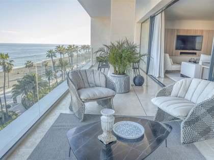 Appartamento di 244m² con 25m² terrazza in vendita a Estepona