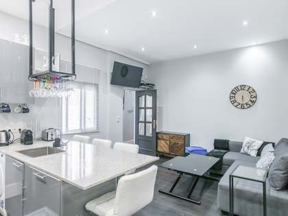 107 m² apartment for sale in Cortes / Huertas, Madrid