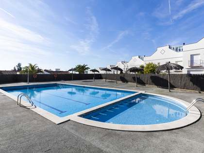 200m² House / Villa with 120m² terrace for sale in Sitges Town