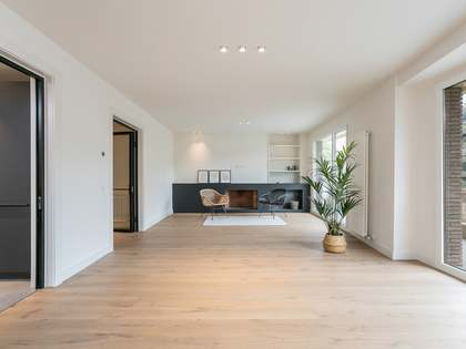 在 Sant Gervasi - La Bonanova, 巴塞罗那 182m² 整租 房子 包括 18m² 露台