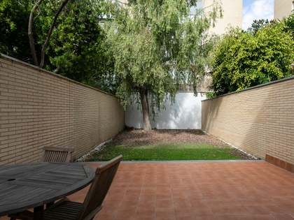 175m² House / Villa with 118m² terrace for sale in Poblenou