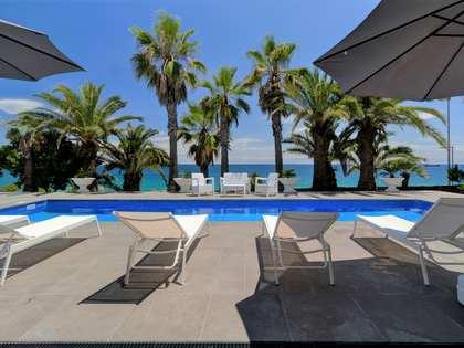 Дом / Вилла 582m² на продажу в Antibes, Таррагона
