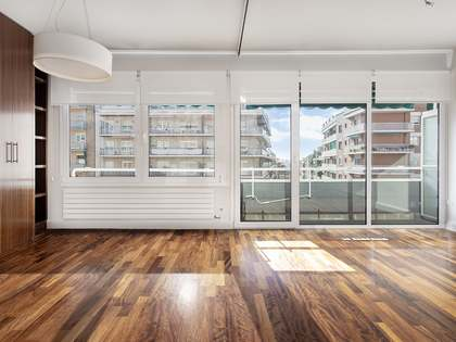 135m² Apartment for rent in Les Corts, Barcelona