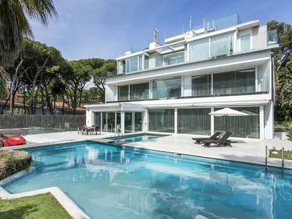 7-bedroom luxury villa for sale in Castelldefels