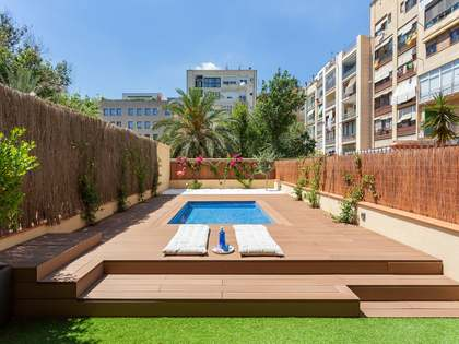 138 m² apartment with terrace for sale in Eixample Left