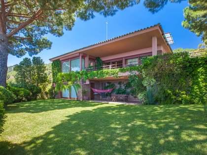 410m² villa for sale in Premià de Dalt, Maresme