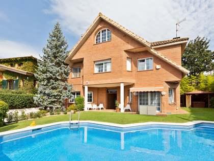570m² Hus/Villa med 480m² Trädgård till salu i Sant Cugat