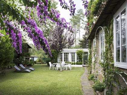 Huis / Villa van 280m² te koop in Pontevedra, Galicia