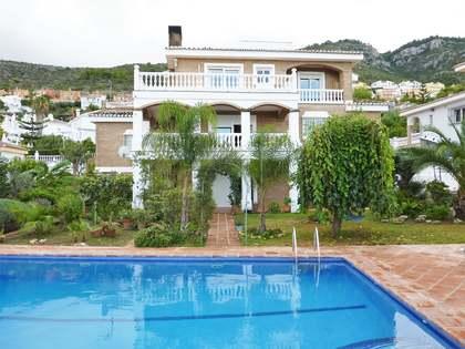 427m² Haus / Villa zum Verkauf in Malaga, Spanien